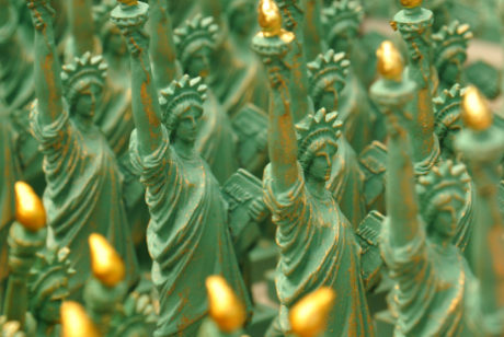 mini statues of liberty 152024853